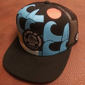 de7a9a291e0 ... Adjustable Strap Hat  NEW  VANS Meshed Surf Snapback  NEW  Vans Surfing  Meshed Snapback ...